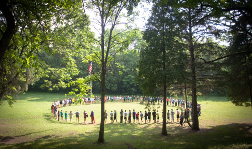 campers-in-a-big-circle